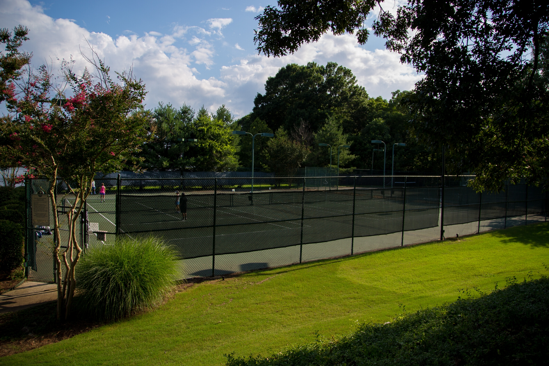 edgewater tennis courts
